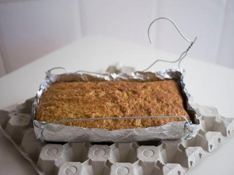 coat hanger cake pan